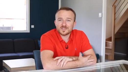Vidéo Maisons d'en France témoignage une première maison